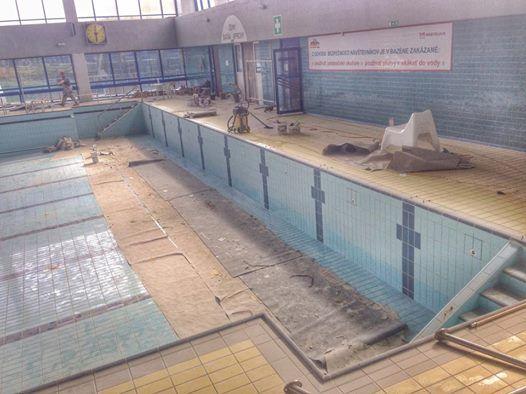 50 m bazén Pasienky v záverečnej fáze rekonštrukcie