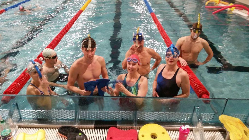 tréningová skupina vo vode
