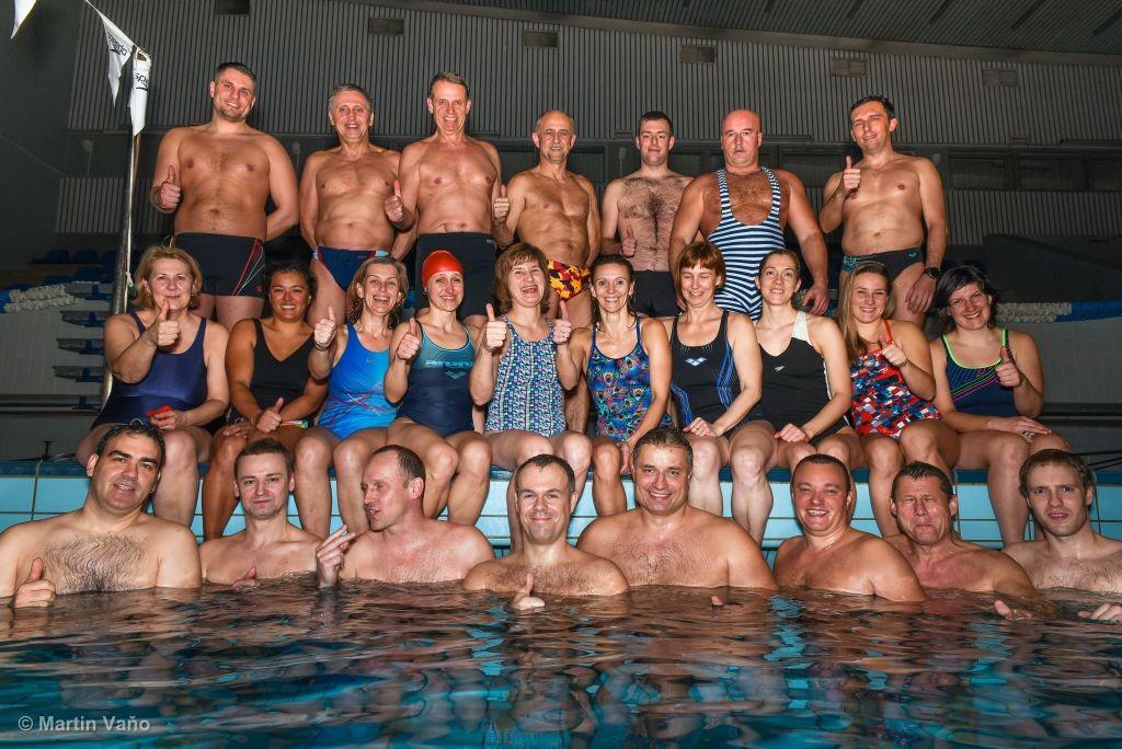 Plavci masters klubu PVK Bratislava v roku 2016