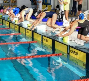 5 rýchlych výživových tipov pre súťažných plavcov