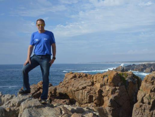 Peter Nahálka na portugalskom pobreží pri meste Loulé