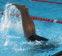 5 dôvodov, prečo nemôžeš prestať plávať