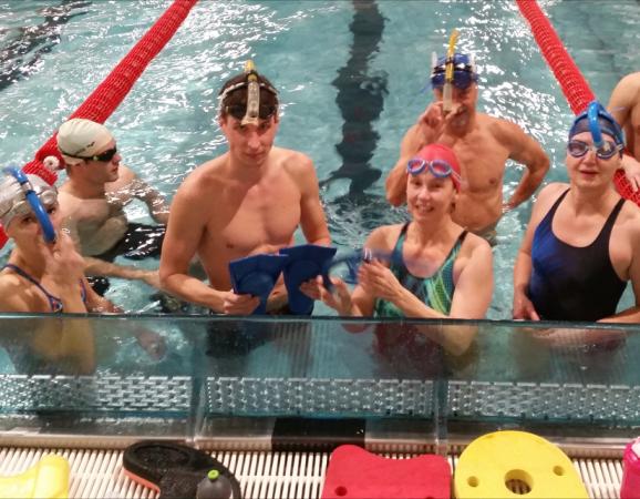 Masters plavci PVK Bratislava na tréningovom kempe v Banskej Bystrici