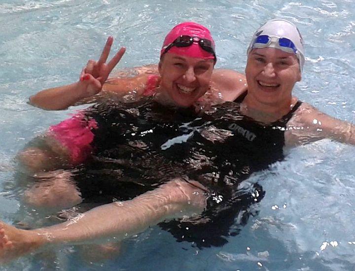 masters plavkyne v bazéne
