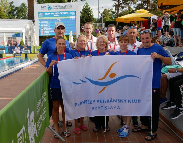Členovia Plaveckého veteránskeho klubu Bratislava na ME masters v plávaní 2018 v Kranj